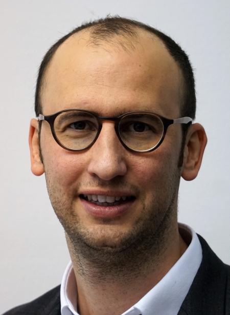 Dr. Alexander Kappes